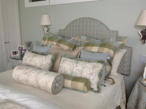 Pillows, cushions, throws, and decorative accessories.
