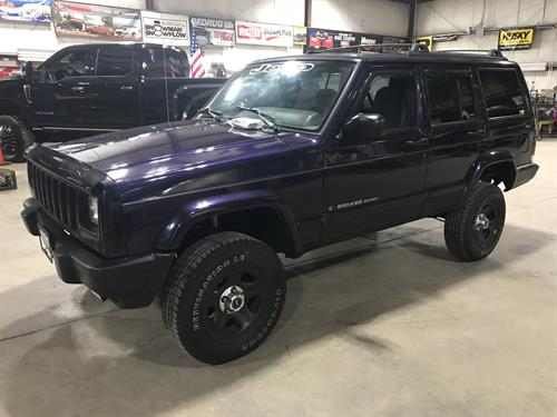 Jeep Grand Cherokee with lift kit installed