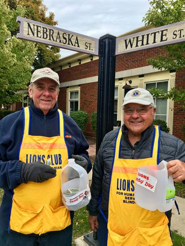 Lions collect donations for the visually impaired during Frankfort Lions Candy Days.