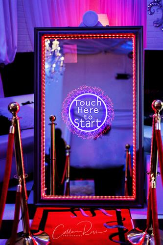 Mobile Memory Boutique - Mirror Photo Booth