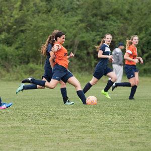 Gallery Image lcs_girl_soccer_015.jpg
