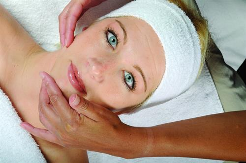 Ladies Facials, Advanced Skincare, Botox/ Fillers, Hair Removal