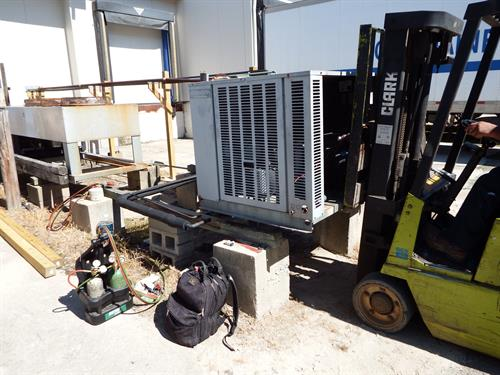 Replacing a Condensing unit for a large refrigeration warehouse