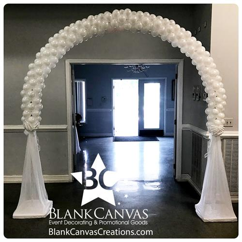 Gallery Image Delicate-Wedding-Balloon-Arch-By-Blank-Canvas.jpg