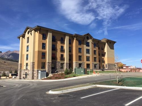 Hampton Inn Amp Suites Silverthorne Hotels Motels Summit