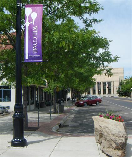 Gallery Image Downtown_GF_image_with_banner_and_rock_and_civic_center.JPG