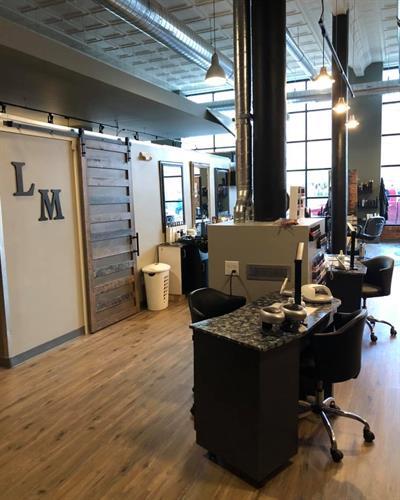 Nail Station & Hair Floor