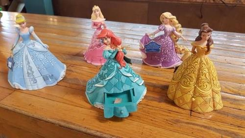 Gallery Image princesses.jpg