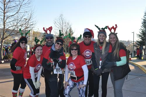 4th Annual Folsom Christmas Classic 5k & 10k Walk/Run and Santa Fun ...
