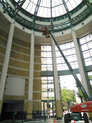 90 ft. Boom High Reach Work