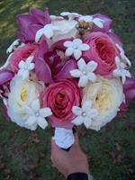 Exquisite Bouquet with Garden Roses.