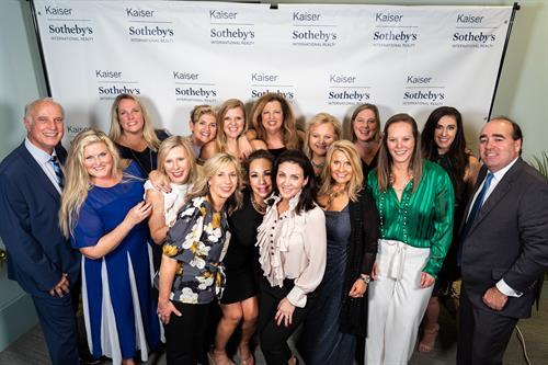 Gallery Image Kaiser_Sotheby's_Awards_Dinner-128(1).jpg