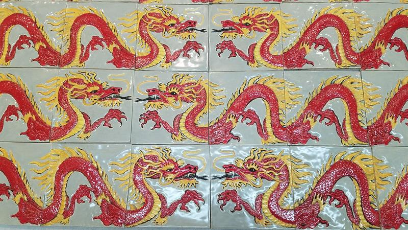 Chinese dragon border tiles