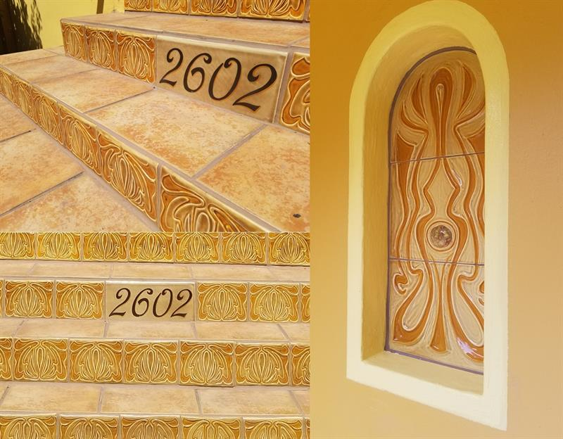 Deco stair risers and coordinating niche