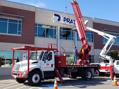 Pratt Healthcare putting up it's New Signage 2018