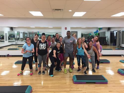 Lisa and her Step & Sculpt regulars on our one year anniversary!