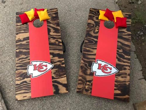 Economy Cornhole Boards in KC Chiefs with plain bags