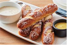 Brew Pub Pretzels with Beer Cheese Dip