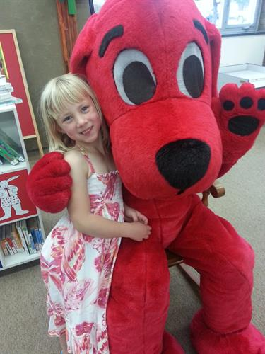 Clifford in town