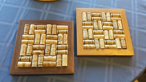 Trivet, wine bottle corks