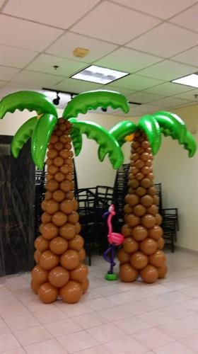Balloon Palm Tree Columns
