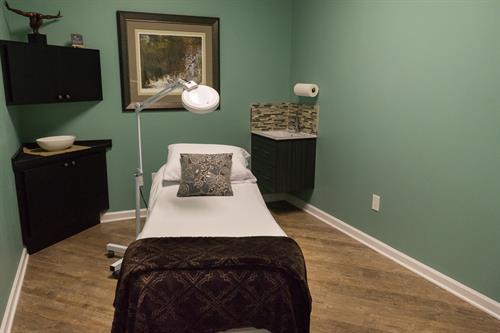 Treatment Room (1 of 5)