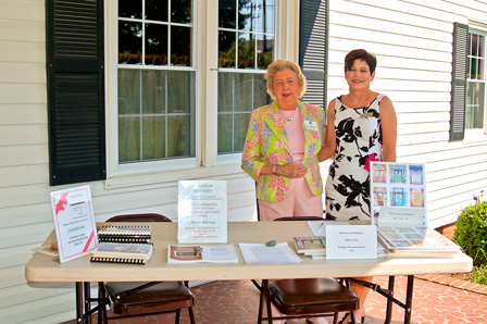 Members assist Historical Foundation Home Tour