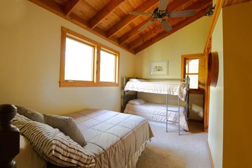 Gallery Image cabin-41.jpg