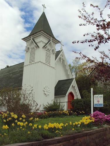 Gallery Image Church_Exterior_in_Spring.jpg