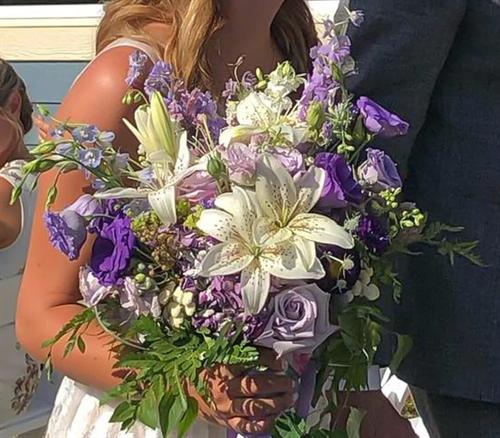 Gallery Image lavendar_bouquet.png