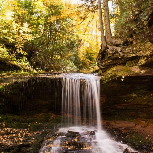 Lost Creek Falls