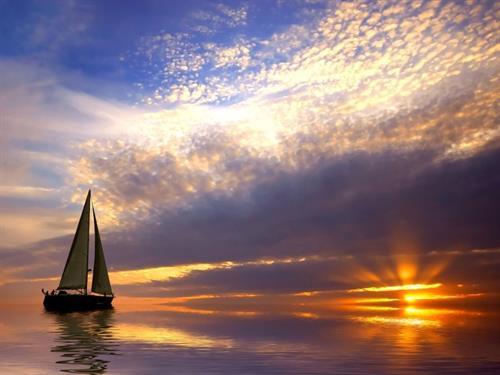 Stunning sunset cruises on Lake Superior.