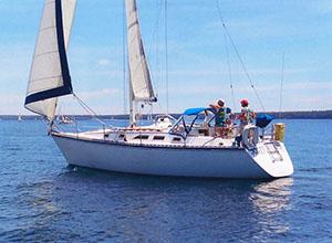 Gallery Image jollyswagman_sailfest.jpg
