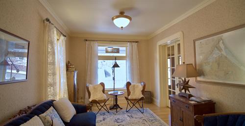 Sitting room facing Rittenhouse Inn