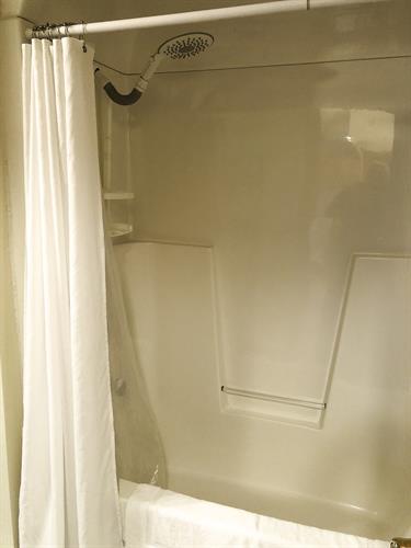 shower 2nd level bath