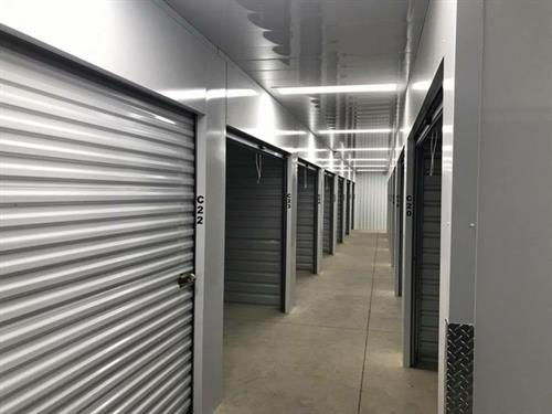 Gallery Image southaven_storage_pic_2.jpeg