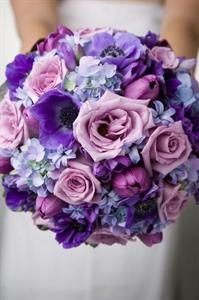 lush lavender wedding bouquet