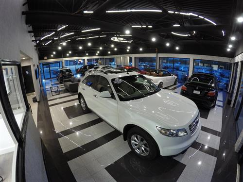Premiere Motorsports Indoor Showroom