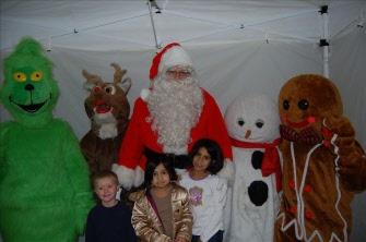 Gallery Image christmas_character_lineup.jpg