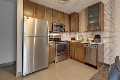 Residence Inn Coconut Creek - Kitchen in each guest room