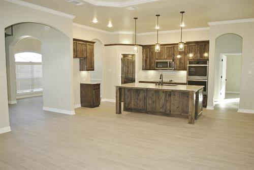 Gallery Image Rivier_2426_8605_Grand_Oaks-kitchen_(1200x803).jpg