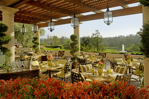 Gallery Image RBI_-_Veranda_Fireside_Lounge_and_Restaurant_-_1.png