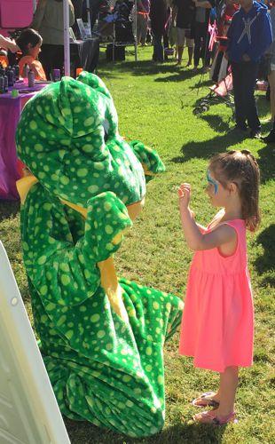 Froggie making a friend