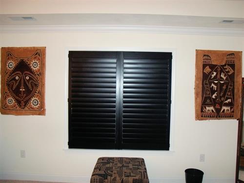 Even black shutters!