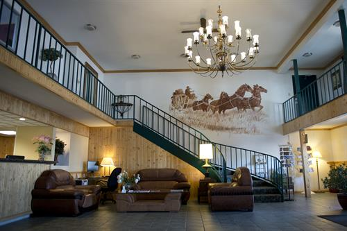 Travel Lodge Stagecoach Inn Lobby