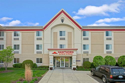 Hawthorn Suites by Wyndham | Northbrook Wheeling