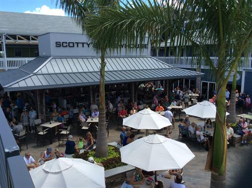 Center court features Tikibar and restaurants for waterfront dining!