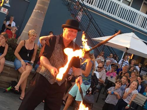 Live entertainment and festivals featured througout the year in center court
