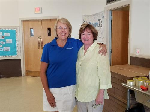 Karen Fontana and Kitty Kawecki Volunteer at United Way