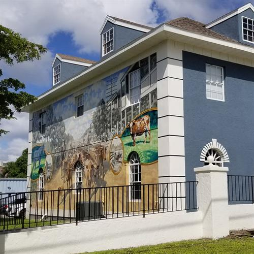 """""""Cattle Drive Down Marion Avenue"""" Mural"""